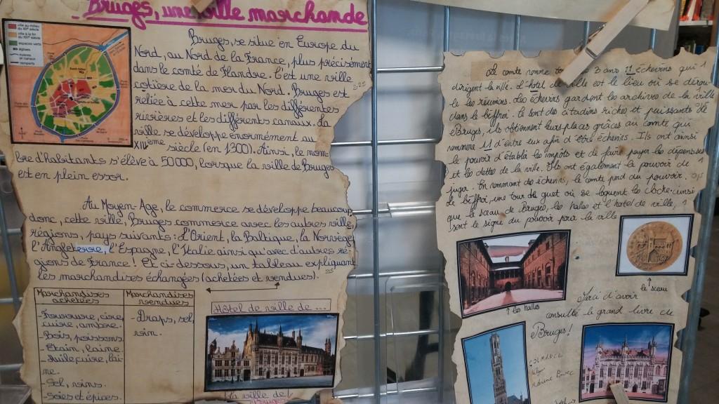 Exposition de guides touristiques sur Bruges au CDI (2)